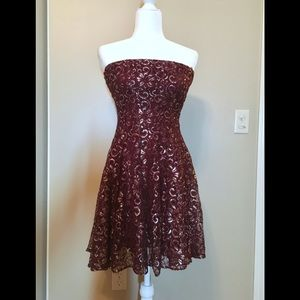 AQUA Tube Strapless Dress Maroon size L
